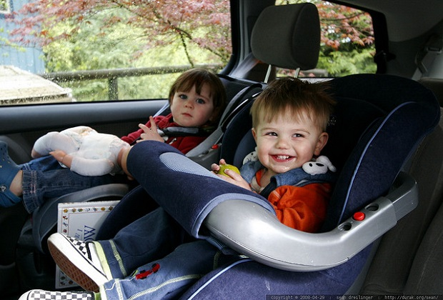 kids-in-car-seats1