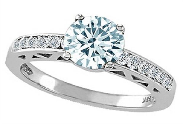 B008AZCNOS-tommaso-design-genuine-aquamarine-and-diamond-solitaire-engagement-ring