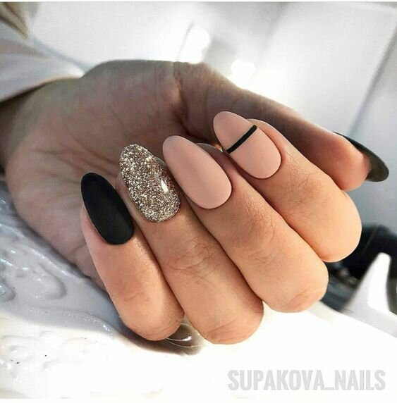 instagram.com/supakova_nails