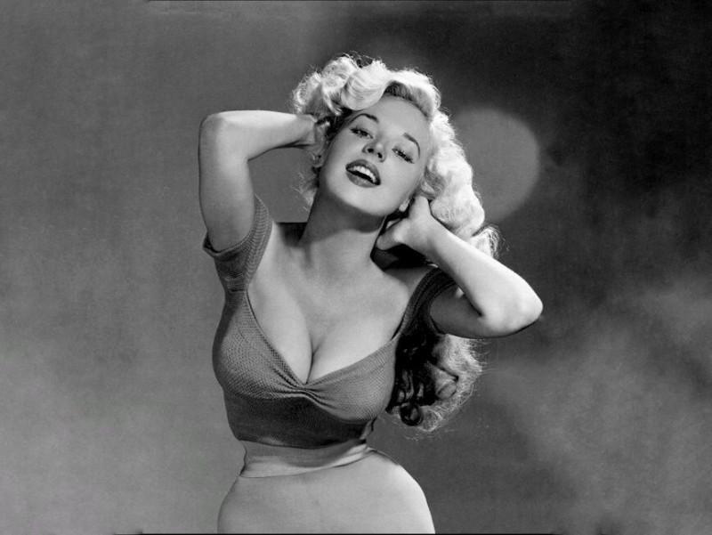 Самая узкая талия и желанная женщина Голливуда 50-х. Бетти Бросмер