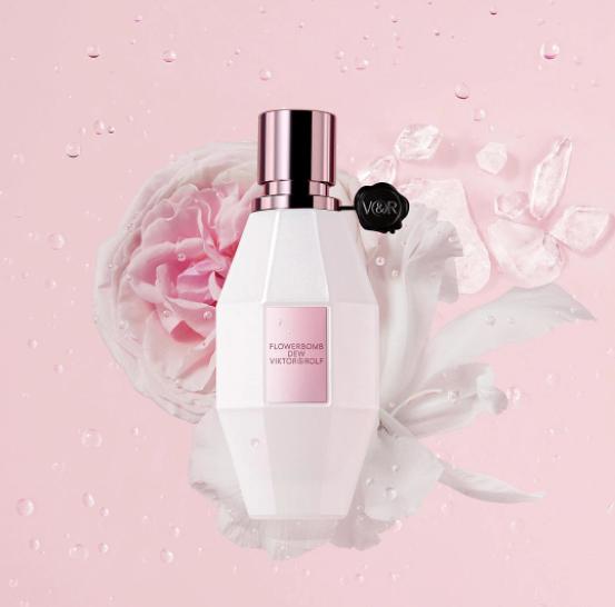 Уже с первых нот становится понятно, насколько тонкое произведение парфюмерного искусства перед нами.