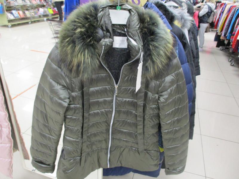 куртка женская в фамилии 6999 рублей