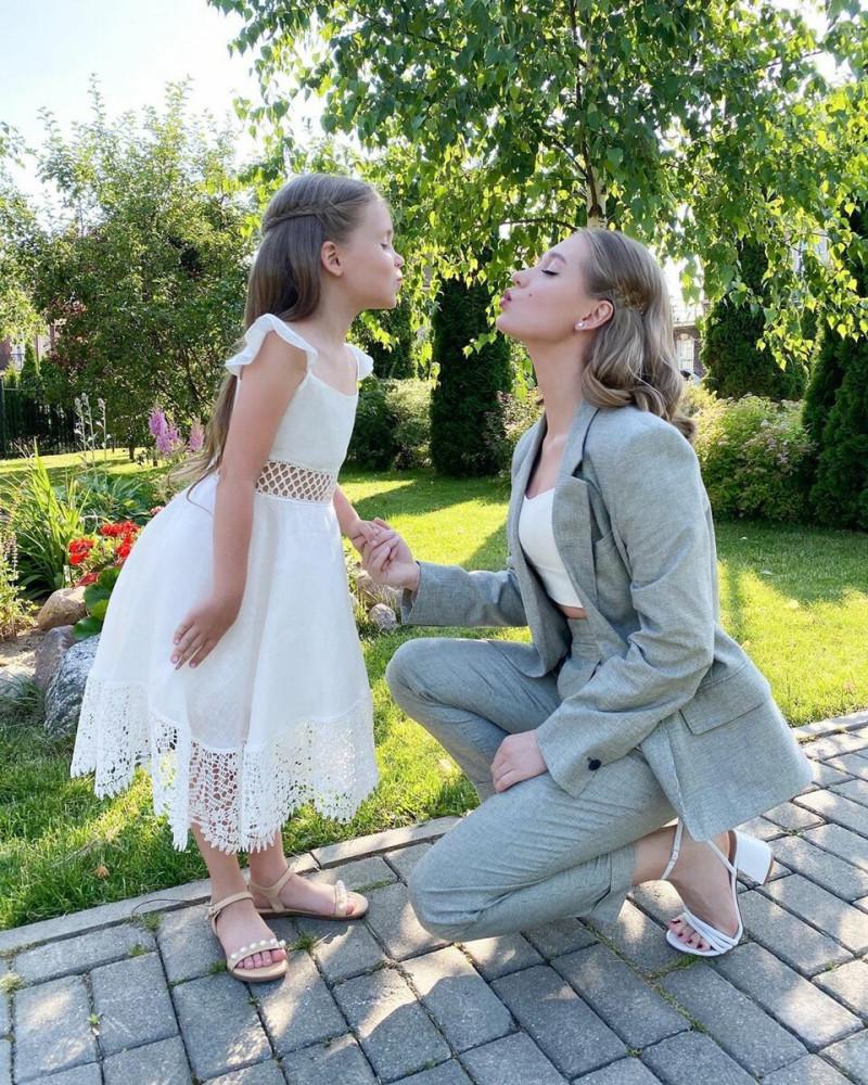 Кристина Асмус с дочерью Настей Фото: Instagram.com/asmuskristina