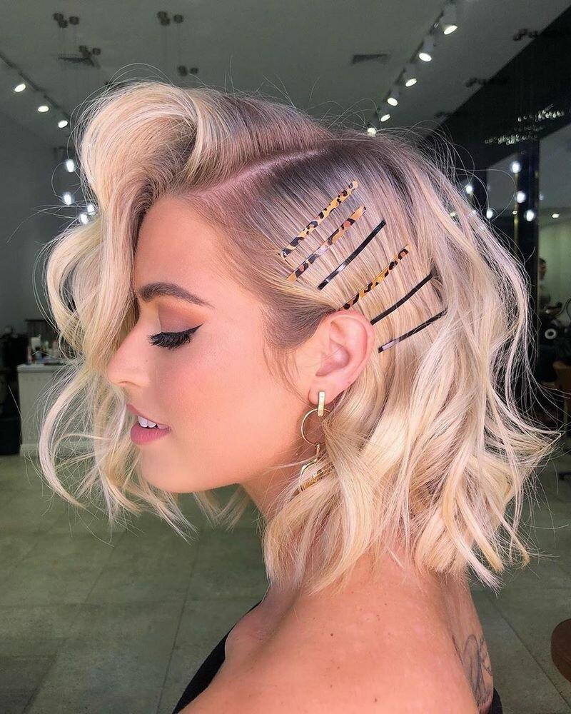 Какие прически предлагают стилисты обладательницам волос средней длины в 2020 году: