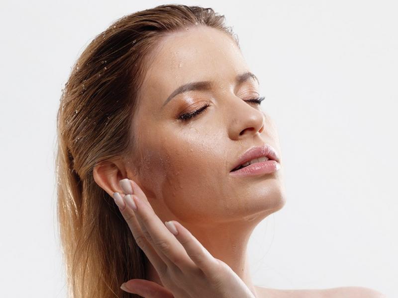 Главная помощница для красоты кожи — как работает гиалуроновая кислота