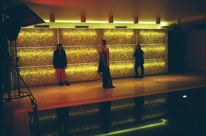 «Антиглянец» в SPA-зоне отеля ARARAT PARK HYATT во время съемок LOV x ULTIMA. Фото: Sasha Mademuaselle