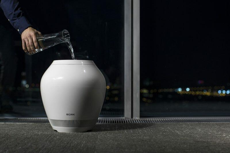 Метод залива воды в воздухоувлажнитель-очиститель Rain устроил революцию на рынке промышленного дизайна.