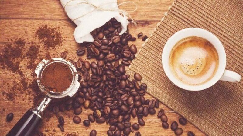 Кофе замечательно закрашивает седину в бровях