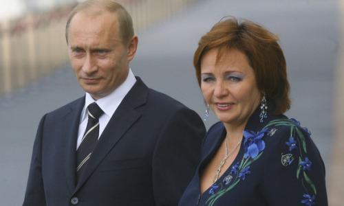 Любимая женщина Путина. Грохнетесь, узнав, кто это!
