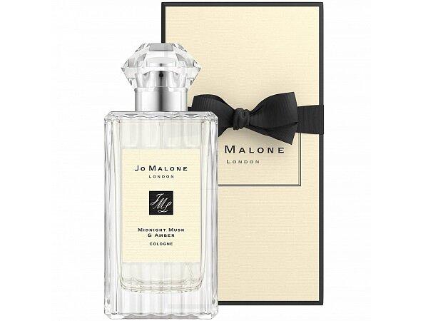 Изысканный аромат предназначен для обаятельных натур, которые хотят подчеркнуть и усилить свой природный магнетизм...