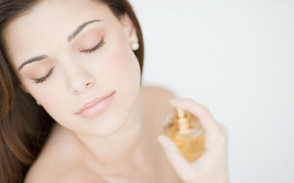 Лучшие женские ароматы: прикоснитесь к совершенству. Топ-7 – часть 1.