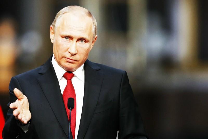 Госдума приняла поправки Путина о возрасте выхода женщин на пенсию