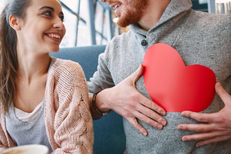 8 фактов того, что чувствует влюбленный в женщину мужчина