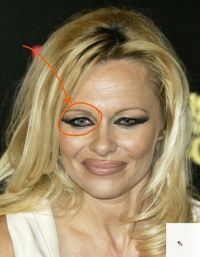 3 ошибки женщин 50+ в макияже, которые не позволяют выглядеть идеально