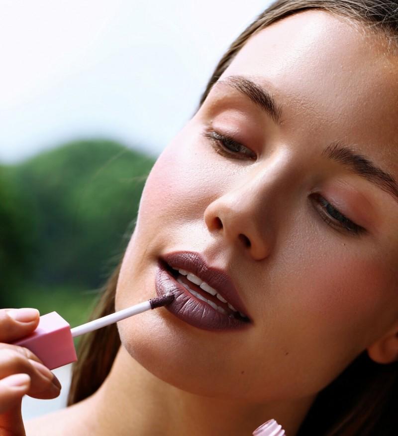 Стойкая матовая губная помада OK BEAUTY COLOR SALUTE MATT & STAY В ОТТЕНКЕ SANGRIA