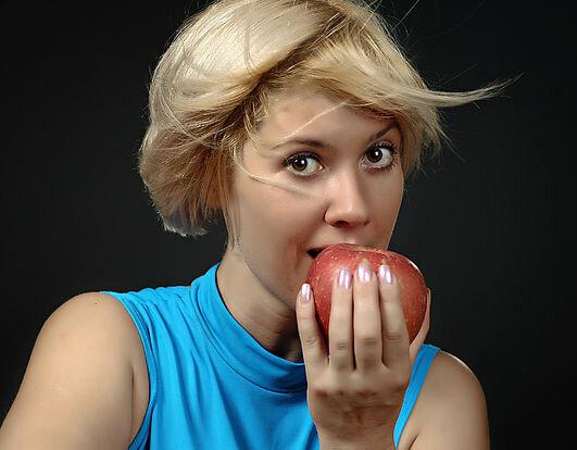 Почему женщинам склонным к полноте лучше всего питаться дробно, а не пару раз в день