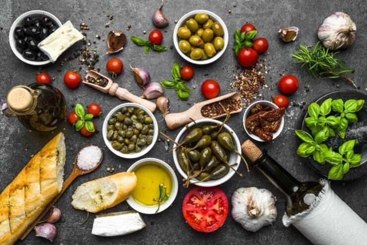 Женщины с лишним весом снижают риск диабета на 30% с помощью Средиземноморской диеты