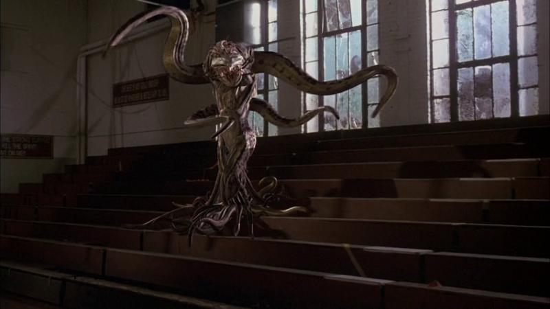"""Инопланетный монстр из """"Факультета"""""""