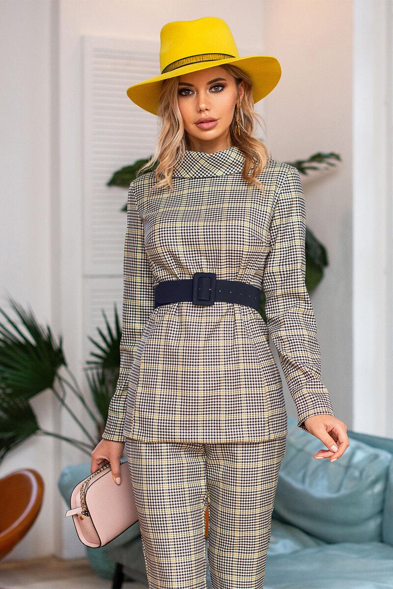 Классические наряды одежды для женщины