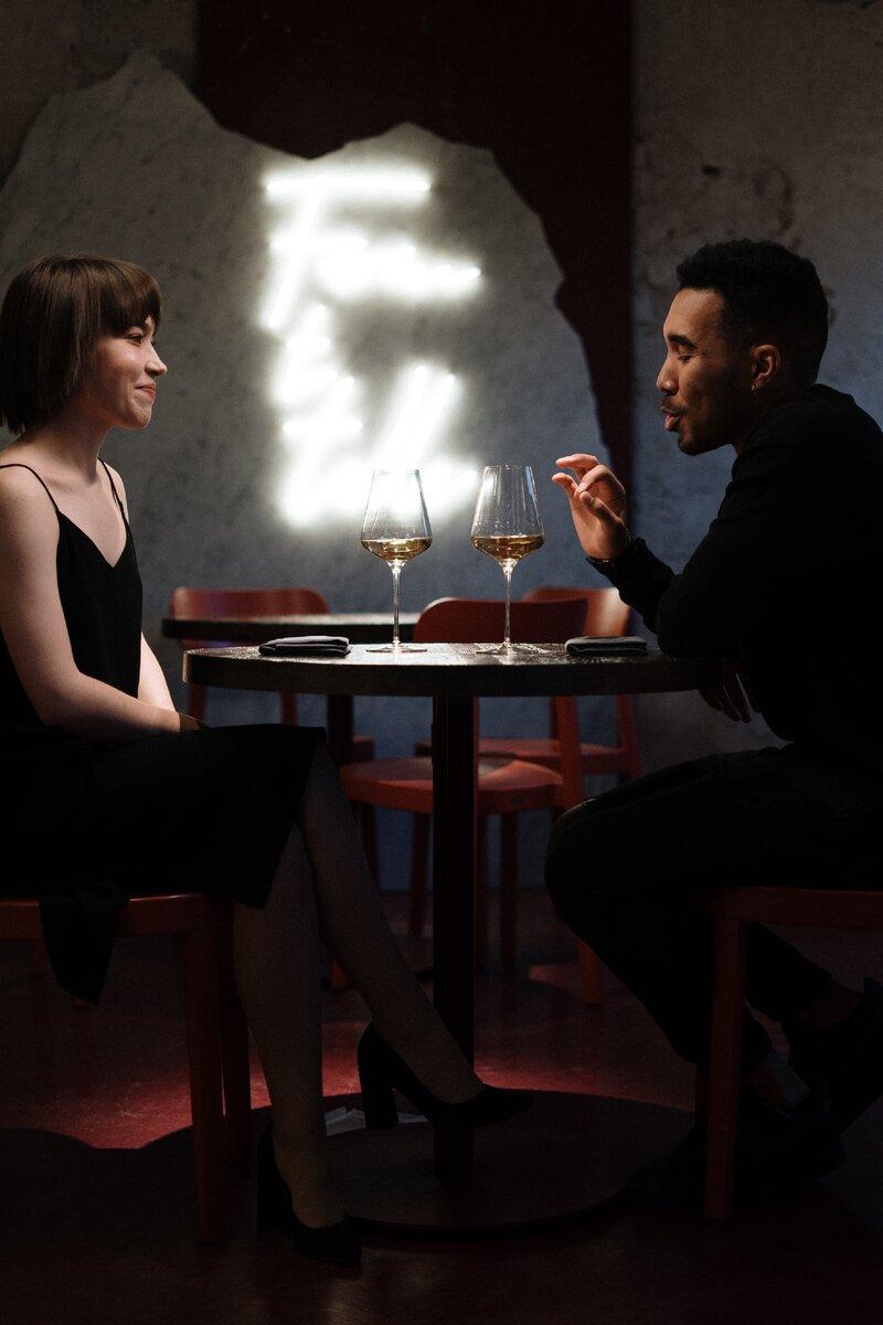 Как женщины оценивают мужчин на первом свидании