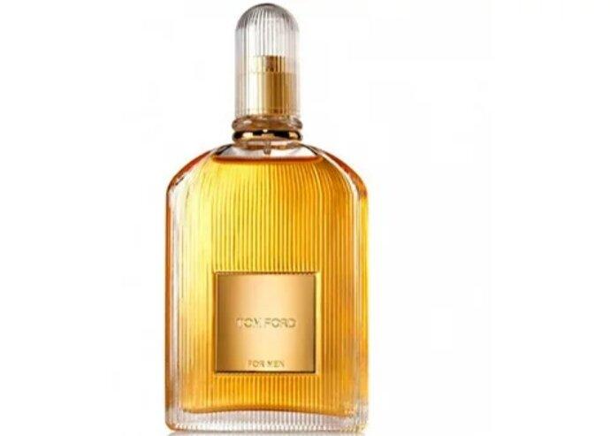 Известные духи особенно придутся по вкусу любителям запаха пачулей и ванили.
