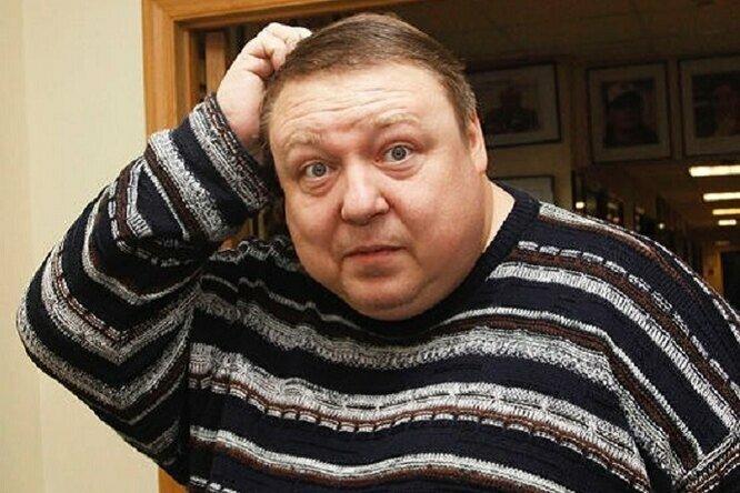 Сильно похудел и закрутил роман с девушкой сына: актер Александр Семчев, как выглядят его три совершенно разных сына