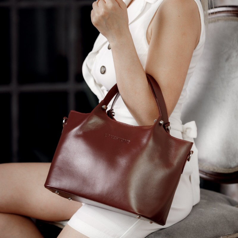 Сумки и рюкзаки из натуральной кожи для женщин и мужчин, которые не выйдут из моды. Рассказываем, где покупать