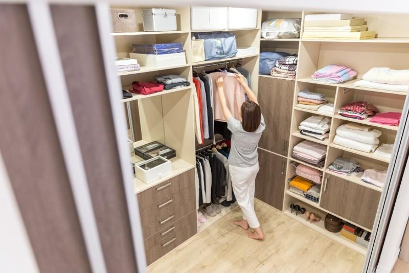 Любая женщина мечтает о квартире с большой гардеробной и огромным коридором, но вы переплатите за бесполезные метры, вот