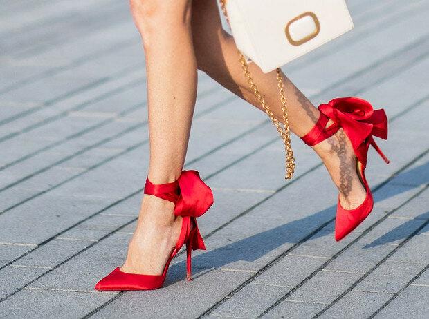Сколько пар обуви должна иметь женщина, чтобы чувствовать себя счастливой?