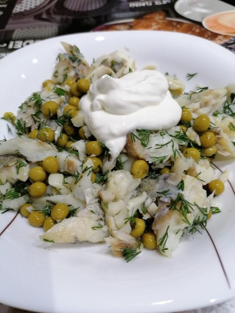 Мой рыбный салат на ужин.