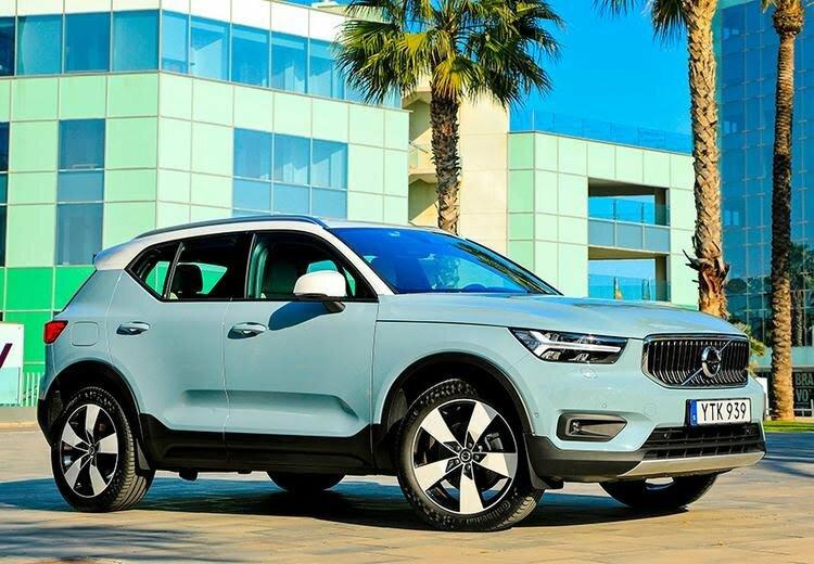 Топ-10 женских автомобилей: маленькие, недорогие, люксовые, популярные