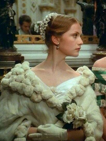 Мода 1840-х. Роскошный наряд Мари Дюплесси.