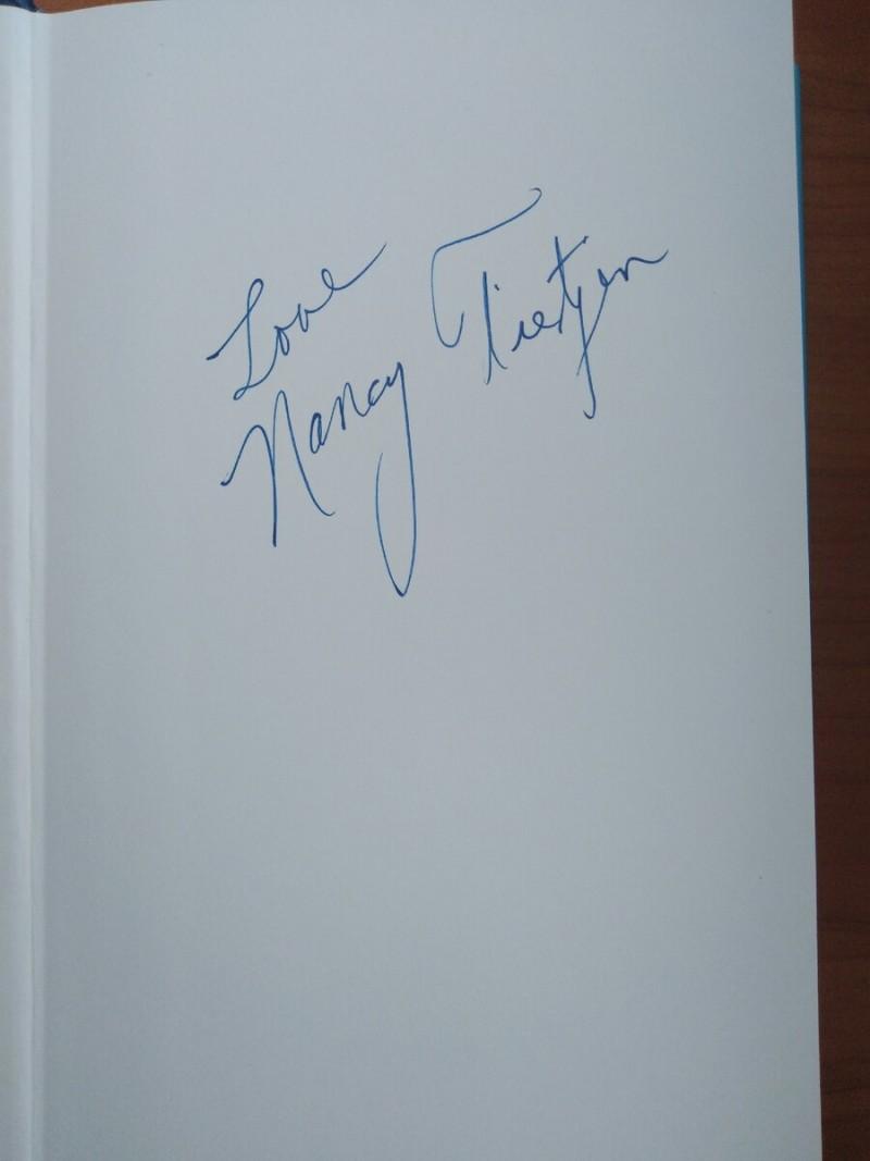 Автограф Нэнси на моём экземпляре её книги