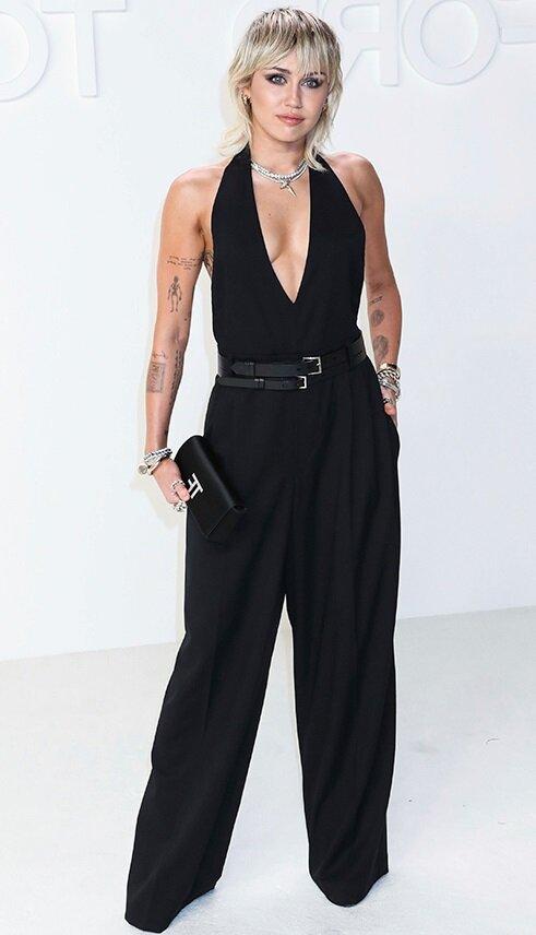 Майли Сайрус (Miley Cyrus) на показе Tom Ford в Голливуде, 07/02/2020
