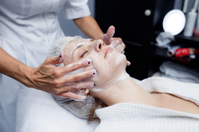 5 увлажняющих процедур, для кожи лица женщин 50+