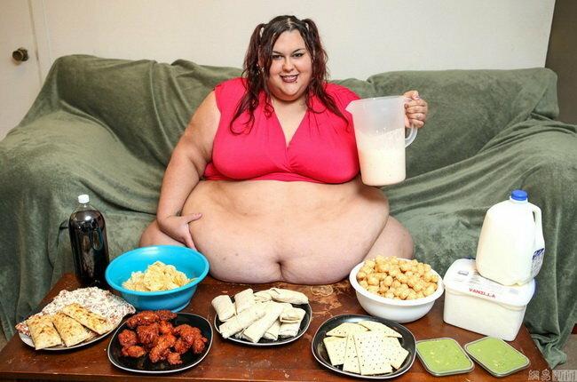 Девушка похудела на 127 кг ради сына. Как сегодня живет самая большая женщина в мире