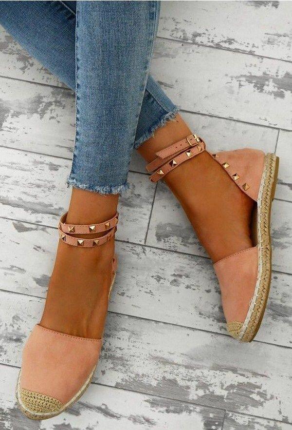 Стильная женская обувь 2021 без каблука