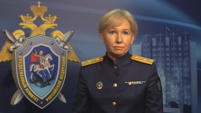 Светлана Львовна родилась 23 марта 1975 года в городе Москва. Известна российским журналистам давно. Именно она первой начала собирать за круглым столом журналистов и сотрудников столичной прокуратуры.