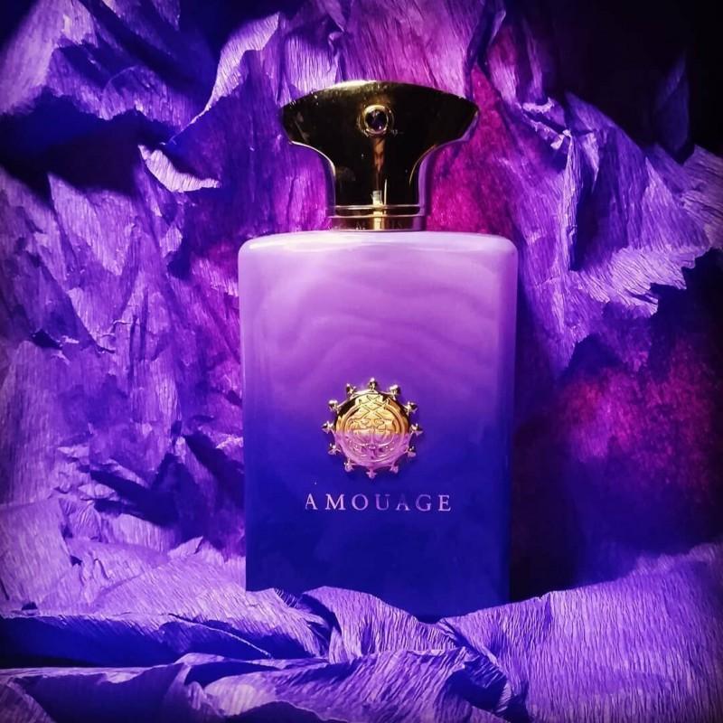 Это парфюм для настоящего аристократа, с утонченными манерами и величественной статью.