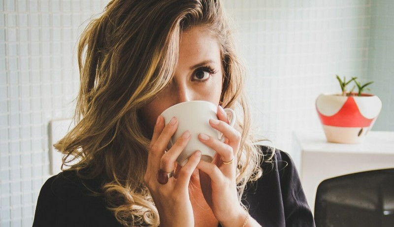 8 Признаков того, что женщина вам не подходит