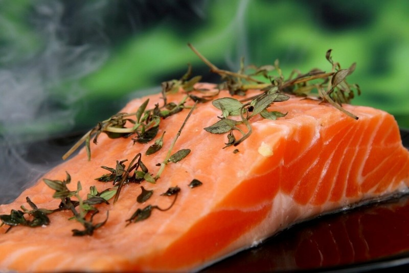 красная рыба укрепляет нервную систему