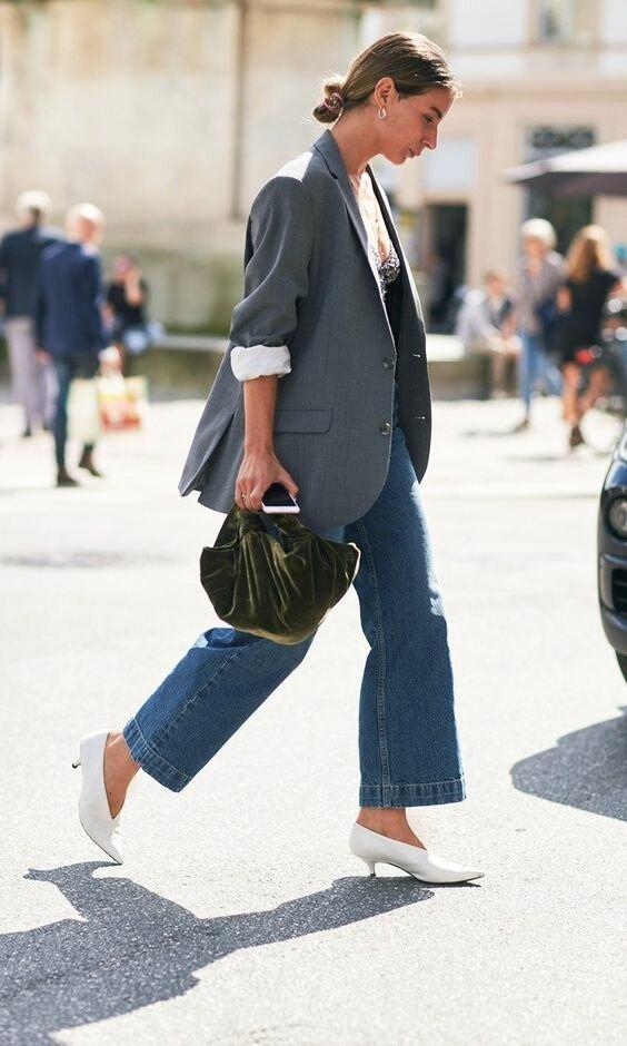 Женская обувь на низком каблуке 2021