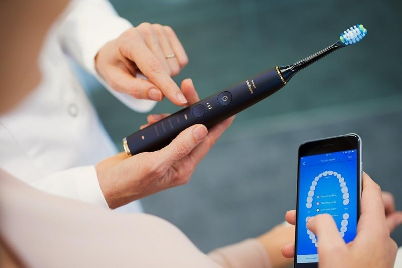 Щетка Philips Sonicare подскажет, каким зонам нужно уделять больше внимания, через мобильное приложение для смартфона