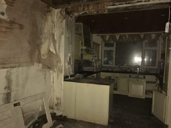 Женщина купила старый дом и сделала в нем ремонт: теперь он стоит состояние
