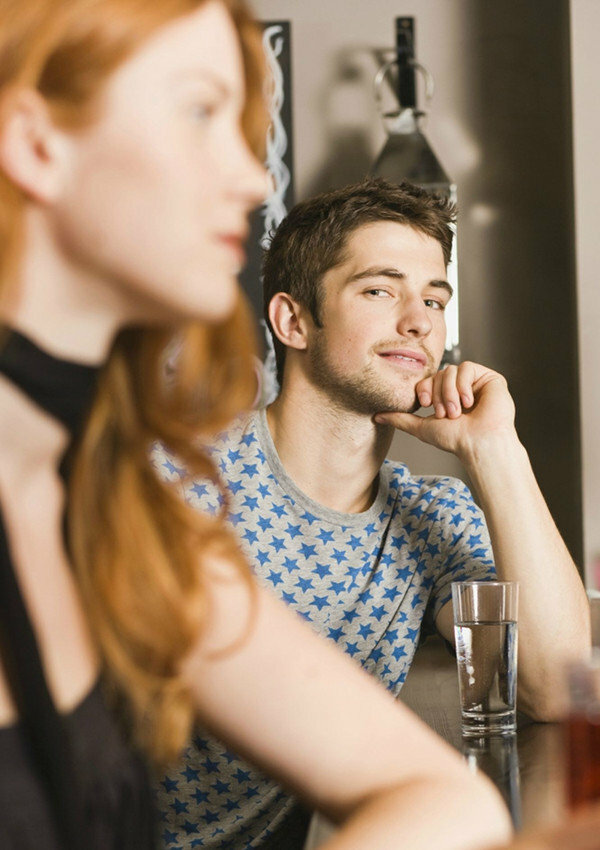 На что в первую очередь смотрит мужчина, оценивая женщину?