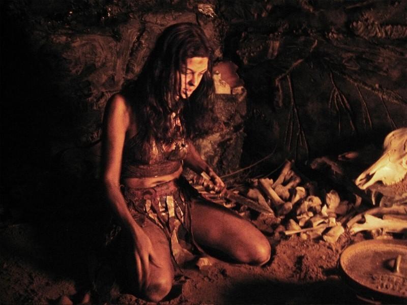 Правда,о том,как жили женщины каменного века