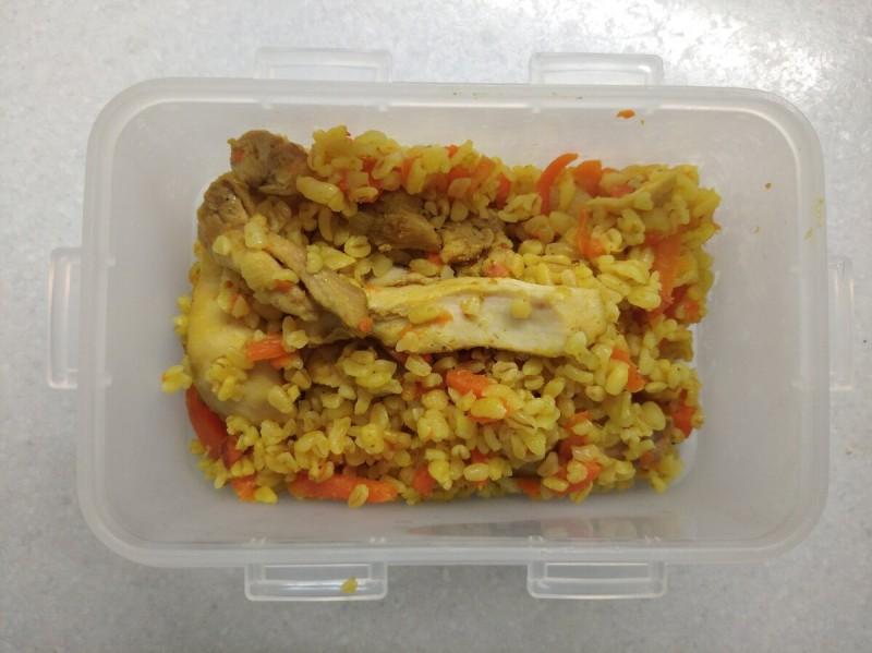 Обед: булгур с курицей