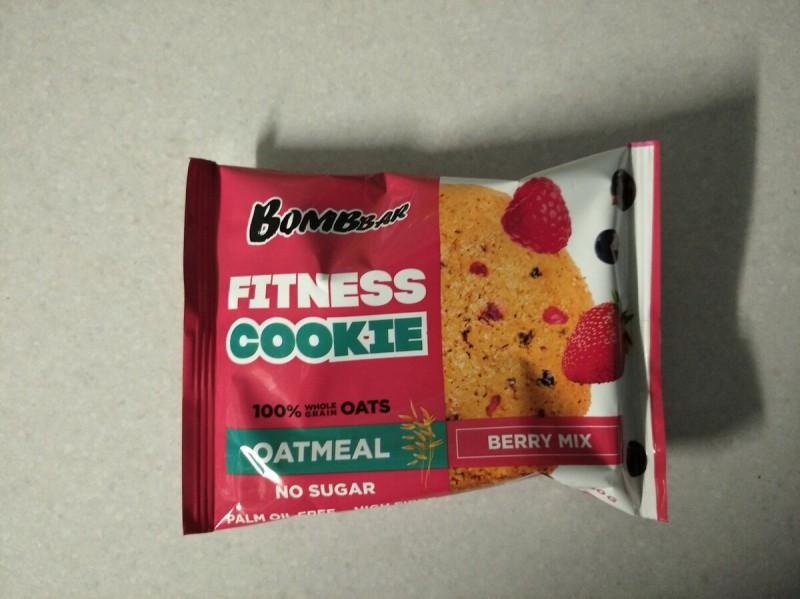 Второй перекус : печенье бомббар
