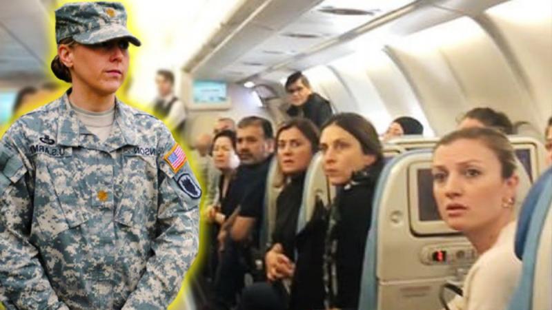 Он не позволил женщине-офицеру сесть в эконом-классе самолёта, за что получил неожиданную записку