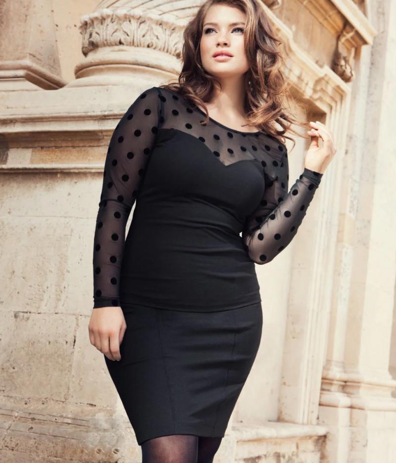Весна 2021: Нарядные платья для женщин с особенностями фигуры